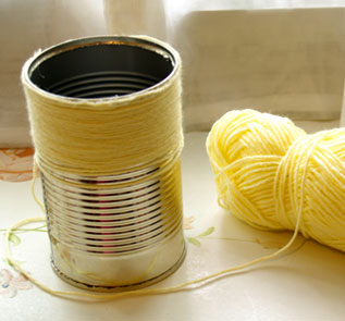 Home Decor and Handicraft: Clean Residue from Can. Stick Yarn with Hot Glue Gun