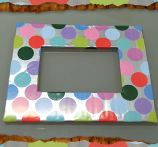 Home Decor and Handicraft: Cut out Inside of Poster Board