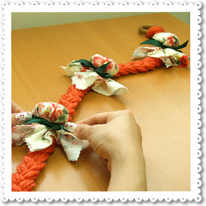 Home Handicraft: Rest of Sachets to Tied Braids